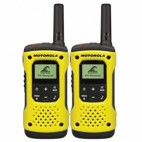 Motorola T92 Twin-pack + 2 Speakermics