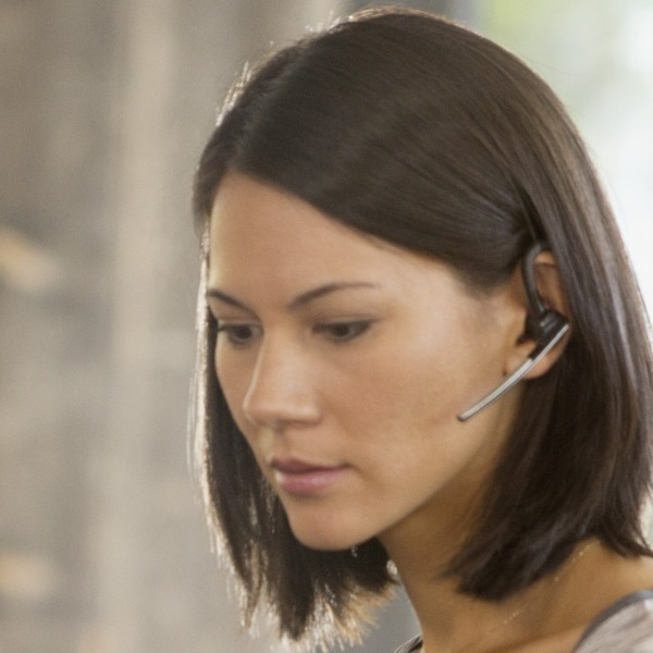 Plantronics Voyager Legend CS Cordless Headset in use (3)