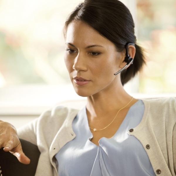Plantronics Voyager Legend CS Cordless Headset in use (9)