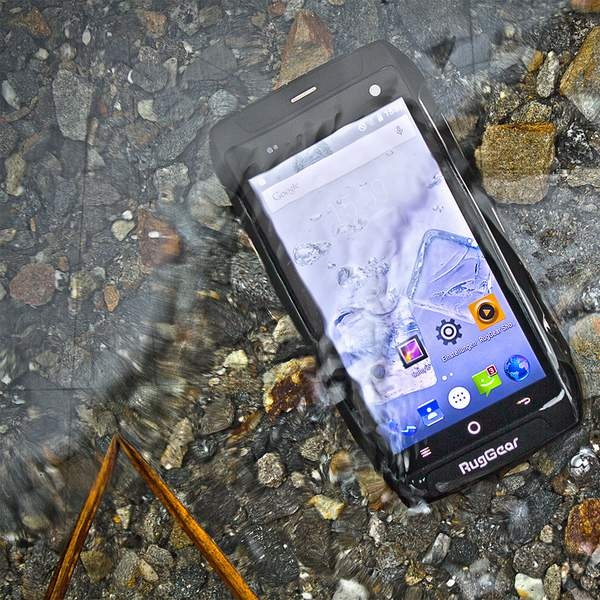 RugGear RG730 4G Robust Smartphone water